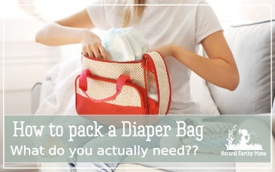 Taking a newborn out for the first time can be terrifying. Make sure you have everything you will need packed in your diaper bag! Here is how to pack a diaperbag #newborn #baby #pregnancy #postpartum #firsttimemom #mom #naturalearthymama #diaperbag