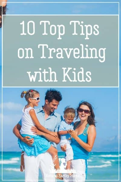 Christmas and the holidays usually involves some kind of travel for the family. It may be a decent length drive, or a massive long haul flight, there are a few things that can help the journey go a little more smoothly. A little planning and thinking ahead can make a huge difference in the overall experience! #christmas #holidays #travelwithkids #parentingtips #naturalearthymama