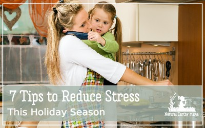 The end of the year can be so stressful and busy. On top of this is the keeping the house clean and tidy, and trying to get time to do what we want to do. Don't let the holiday season overwhelm you! Christmas and thanksgiving tips for keeping your life organized and stressfree #christmas #organization #naturalearthymama #thanksgiving #holidaytips