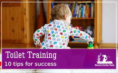 Toilet training toddlers is often feared. Is your toddler ready to potty train? What about reward charts for toilet training? All the answers are here! #toilettraining #toddlers #naturalearthymama